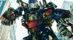 The Decepticons invade Earth in the newest Transformers trailer - 2011-04-29 17:00:20
