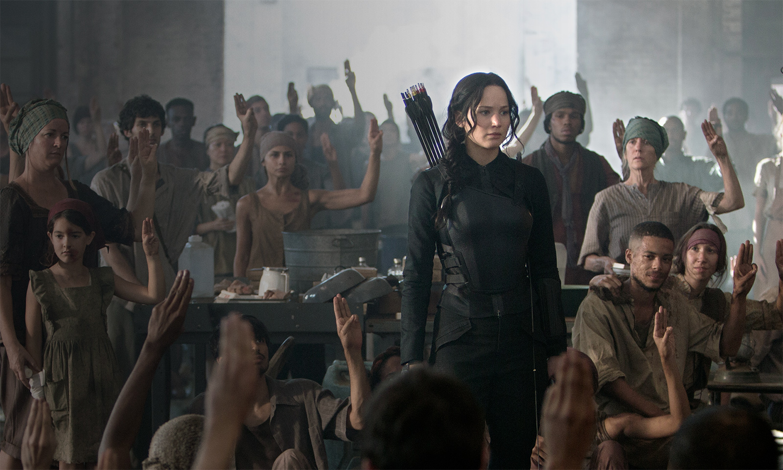 the-hunger-games-mockingjay-part-1-jennifer-lawrence1
