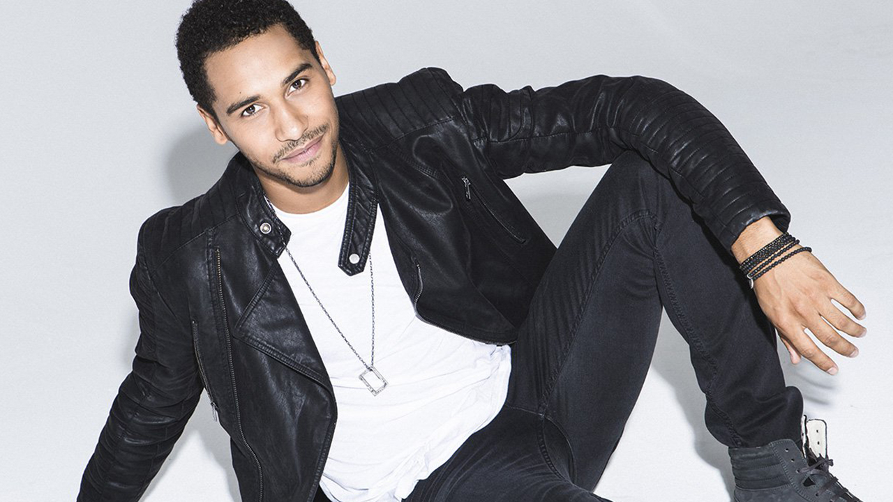 From Pirate to Wizard: An interview with Elliot Knight 6