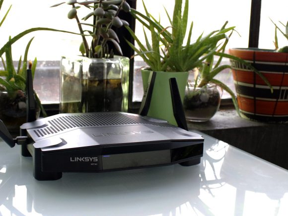 Linksys WRT 32X Gaming Router (Hardware) Review 12