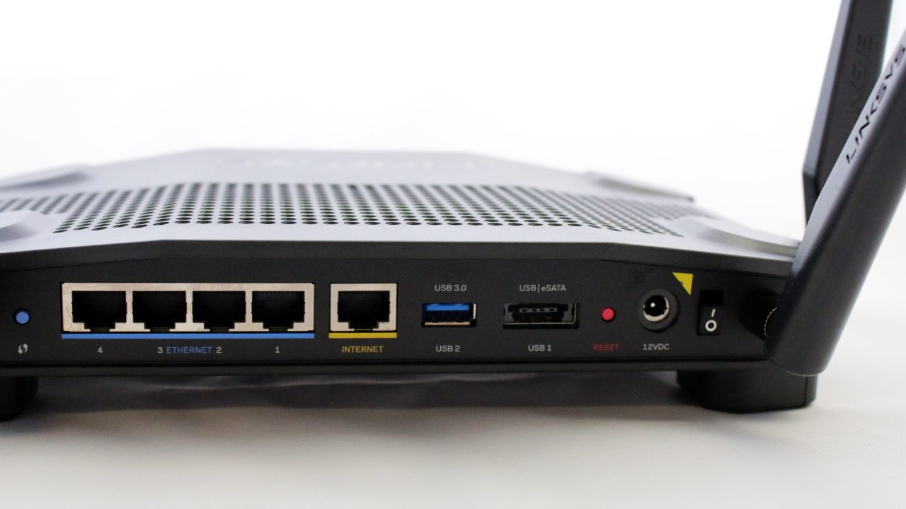 Linksys WRT 32X Gaming Router (Hardware) Review 5