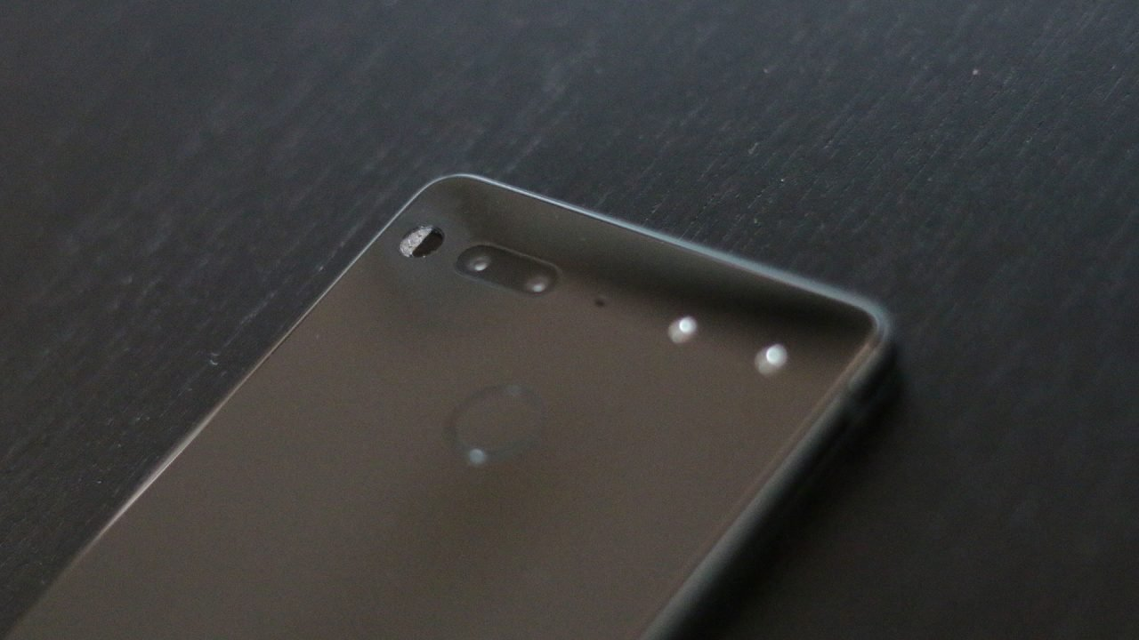 Essential Phone Review - Promising Start 4