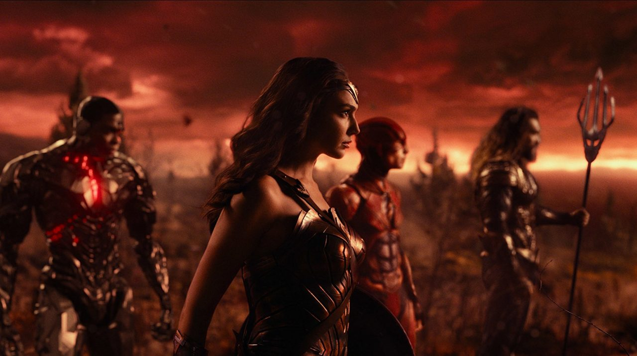 Justice League (2017) Review: An Epic Superfriend Mess 5