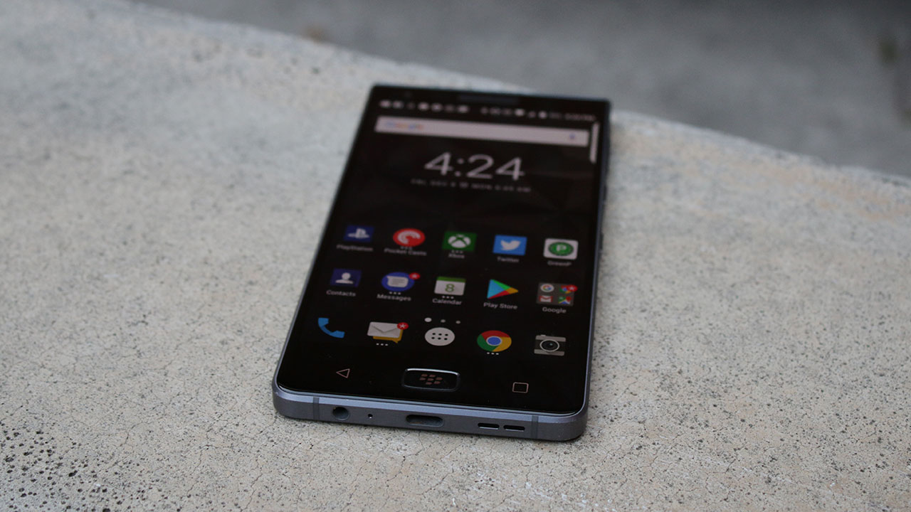 BlackBerry Motion Review: King of the Midrange 1