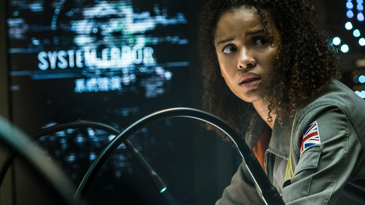 The Cloverfield Paradox (2018) Review: Lost in Space 2