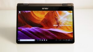 ASUS ZenBook Flip Review 3