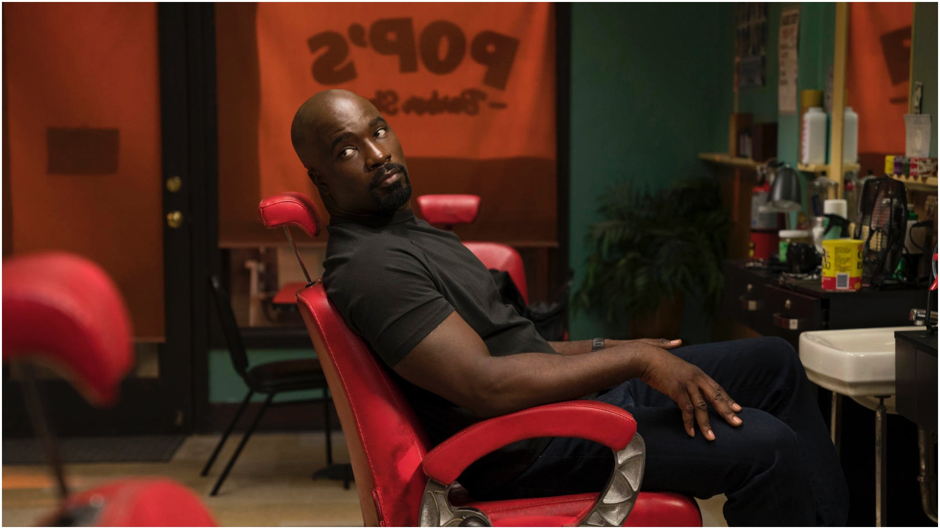 New Luke Cage Teaser Trailer Highlights Hero For Hire