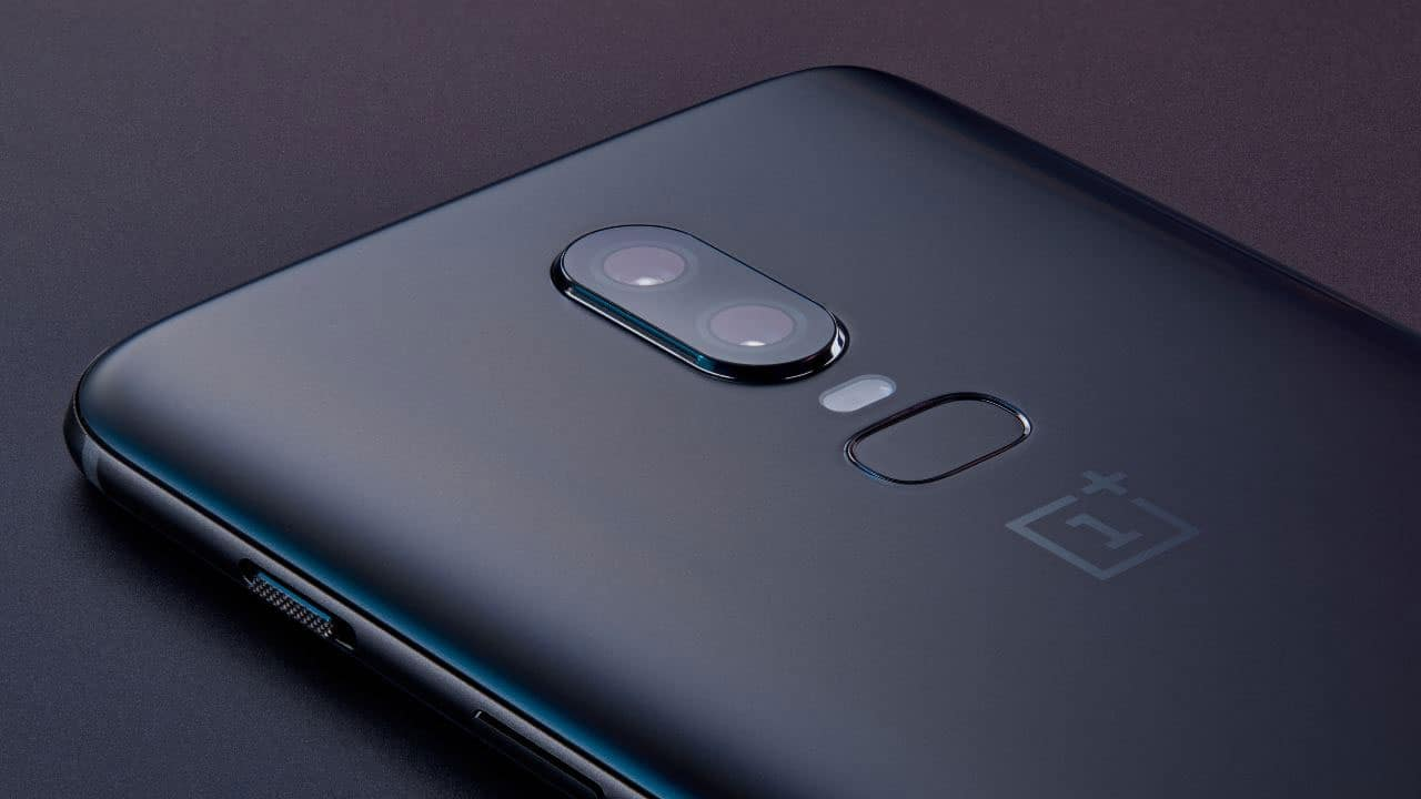 OnePlus 6 (Smartphone) Review 1