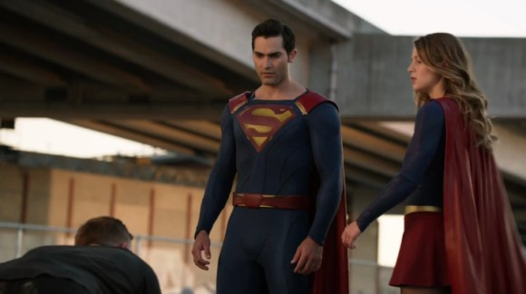 Supergirl Season 2 Ep 1 & 2 (TV) Review 3
