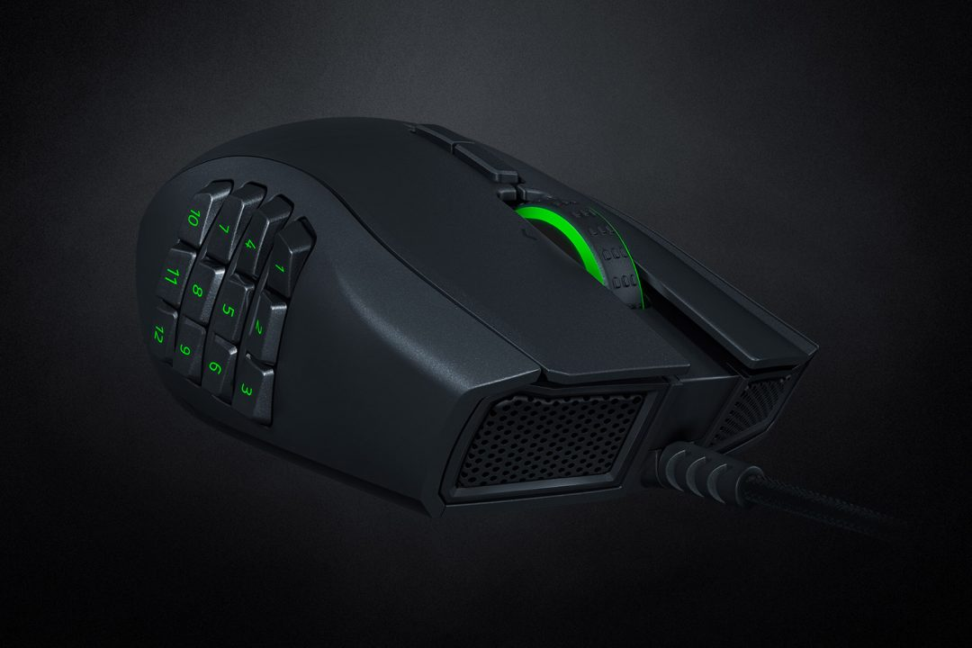 Razer Naga Left-Handed Edition (2020) Review 6