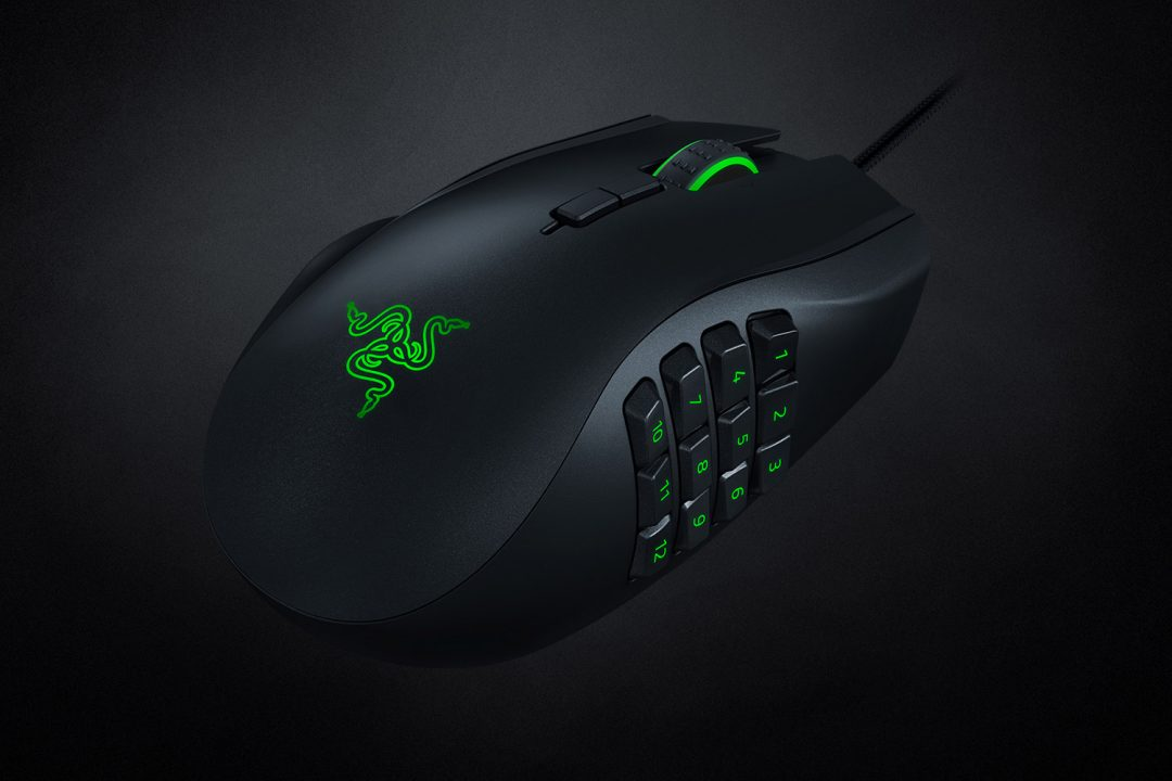 Razer Naga Left-Handed Edition (2020) Review 7